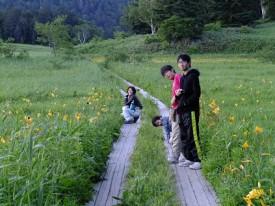 20尾瀬沼で夕日を見るDSCF9868s