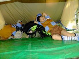 ④A型テントの中は快適_DSCF0169