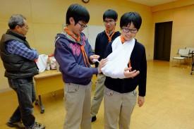 ⑥救急法_三角巾DSCF0590