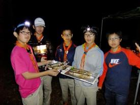 ⑧炭火で焼いた秋刀魚は最高!_DSCF0087